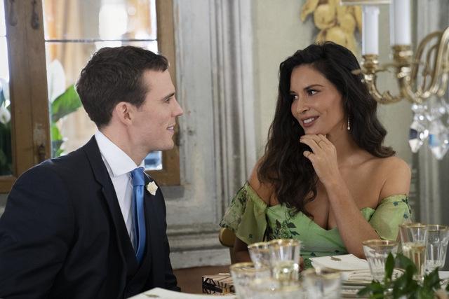 love wedding repeat review - sam claflin and olivia munn