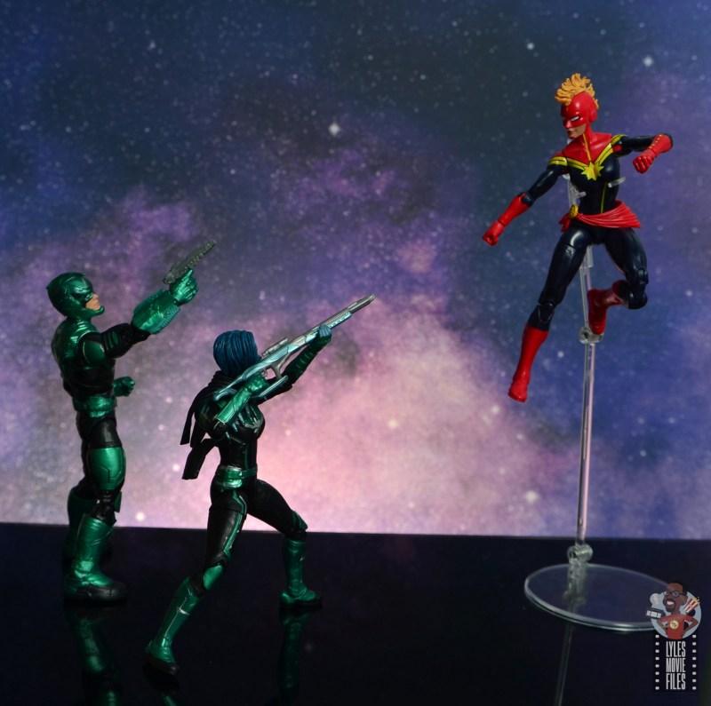 marvel legends starforce captain marvel figure review - yon-rogg and minn-erva vs captain marvel