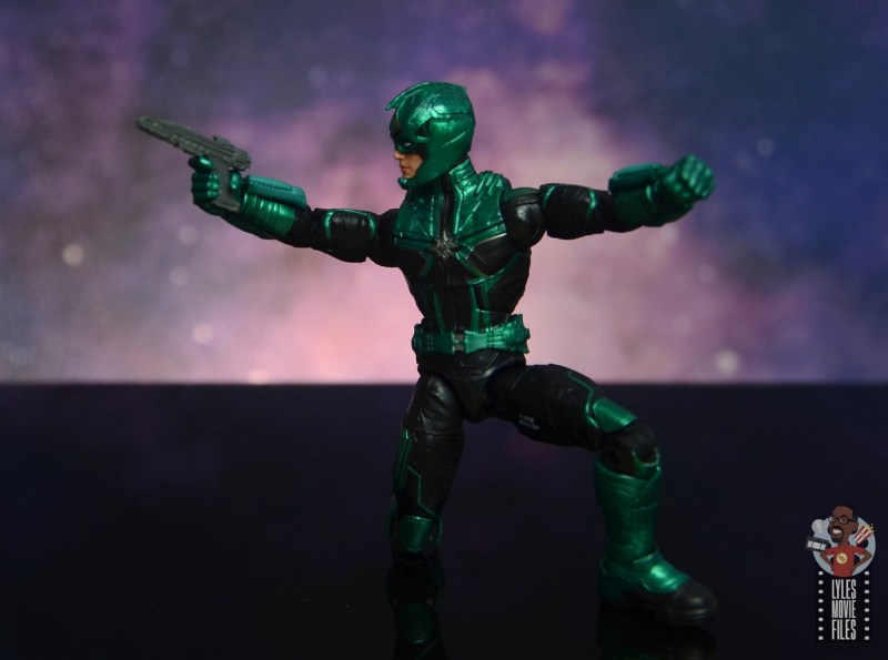 marvel legends yon-rogg figure review - kneeling and aiming