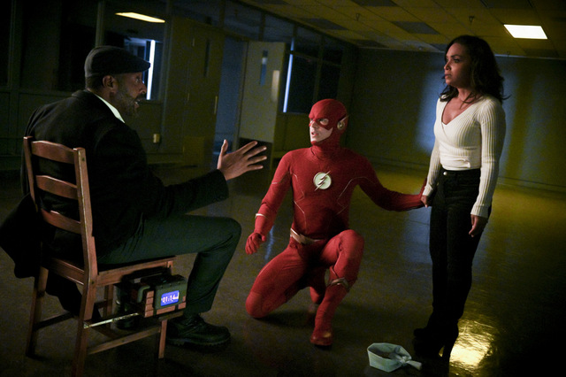 the flash - so long and goodnight review - joe, the flash and cecile
