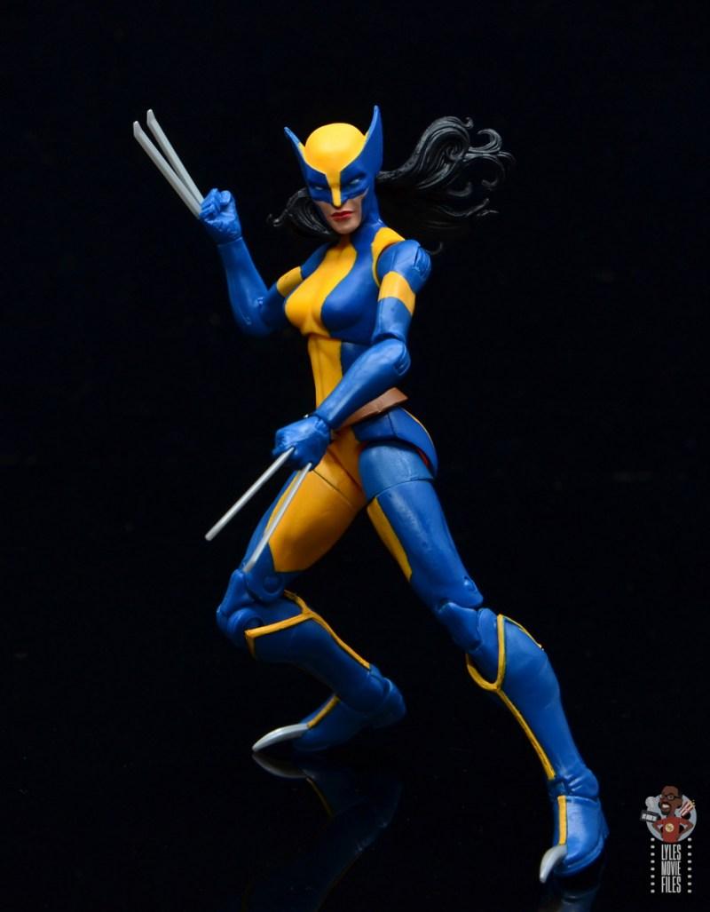 marvel legends wolverine figure review - battle stance