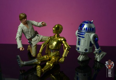 sh figuarts star wars c-3p0 figure review - seated with luke skywalker and r2d2