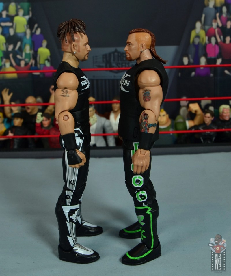 wwe elite hall of champions road dogg figure review - facing first elite road dogg
