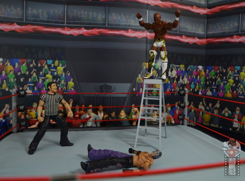wwe elite shelton benjamin figure review - atop ladder
