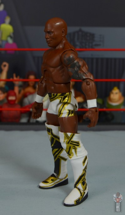 wwe elite shelton benjamin figure review - left side