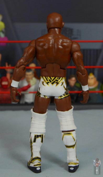 wwe elite shelton benjamin figure review - rear