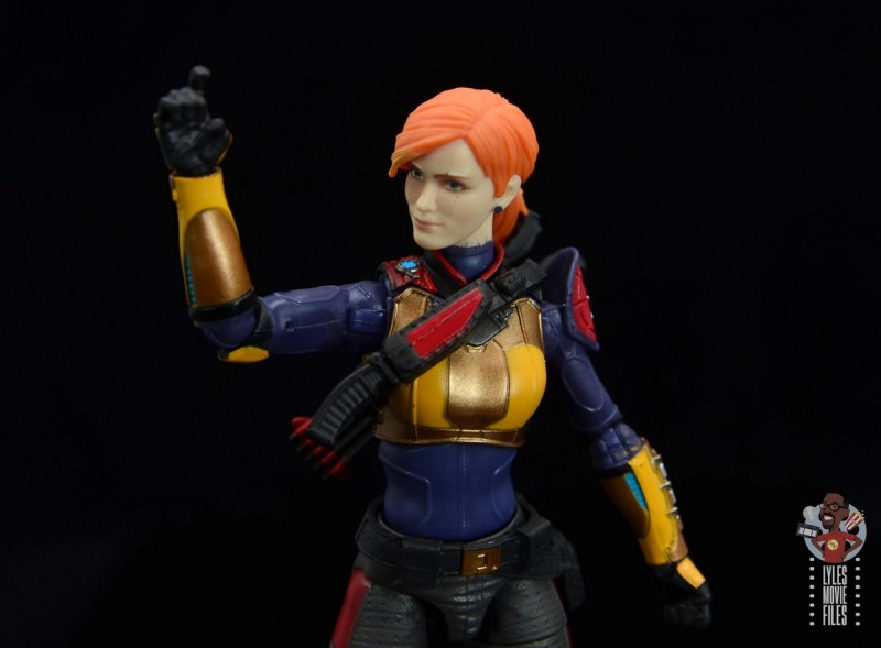 gi joe classified scarlett figure review - elbow articulation