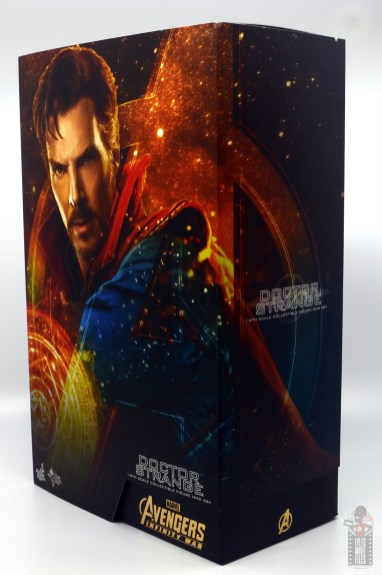 hot toys avengers infinity war doctor strange figure review -package right side