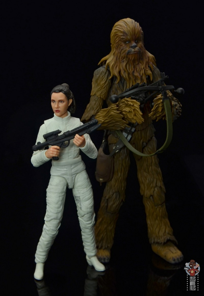 star wars the black series princess leia bespin escape figure review - side by side with chewbacca
