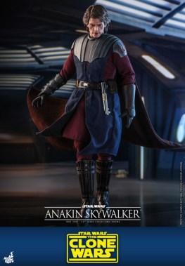 hot toys anakin skywalker clone wars figure -walking ahead