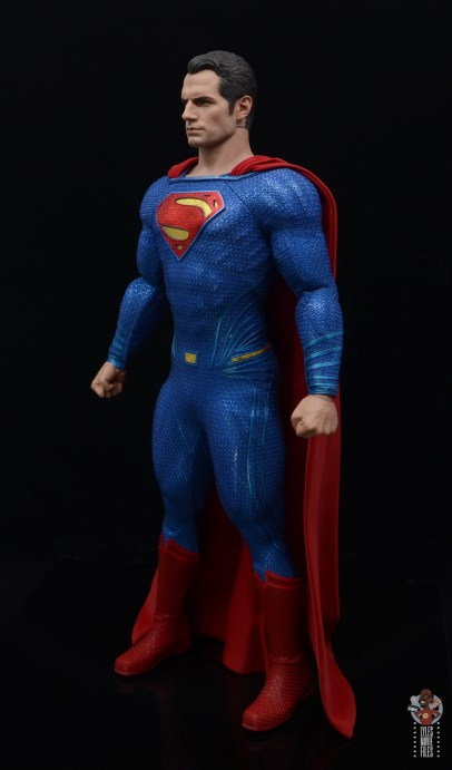 hot toys justice league superman figure review - left side