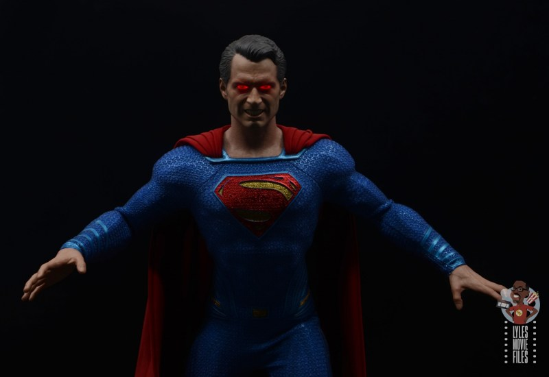 hot toys justice league superman figure review - lit up heat vision eyes