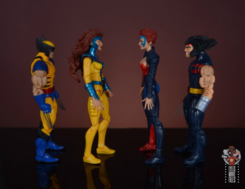 marvel legends age of apocalypse jean grey figure review - facing wolverine, jean grey and weapon x