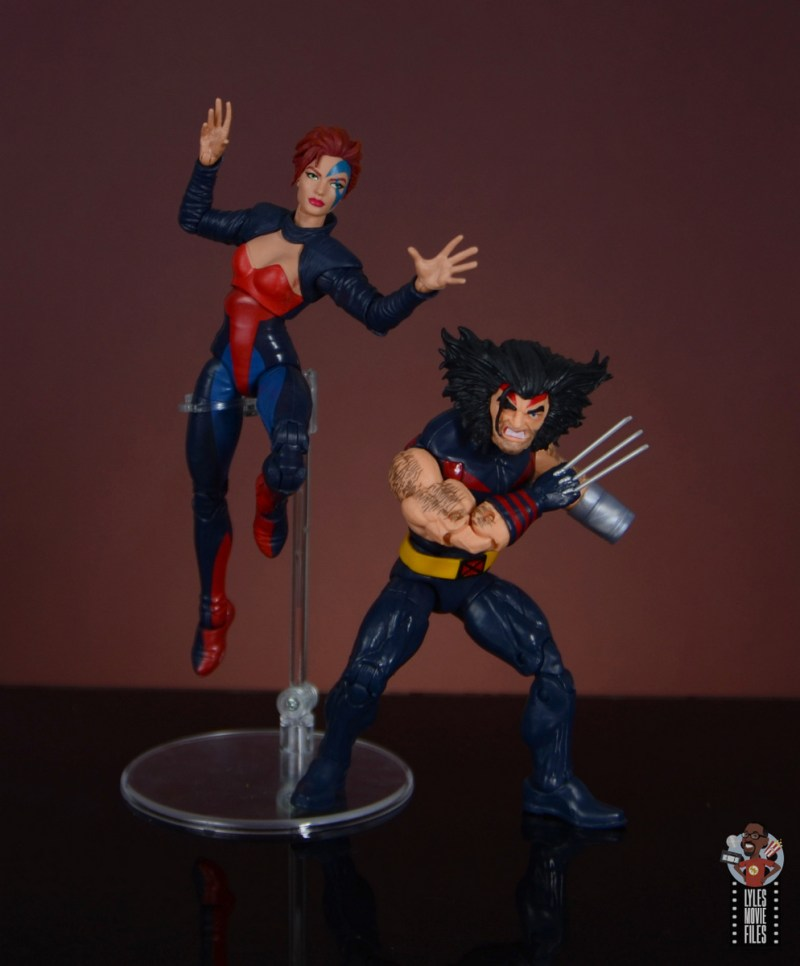 marvel legends age of apocalypse jean grey figure review - in action with weapon x