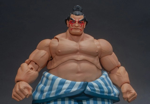 storm collectibles street fighter v - e. honda nostalgia costume figure - front-001