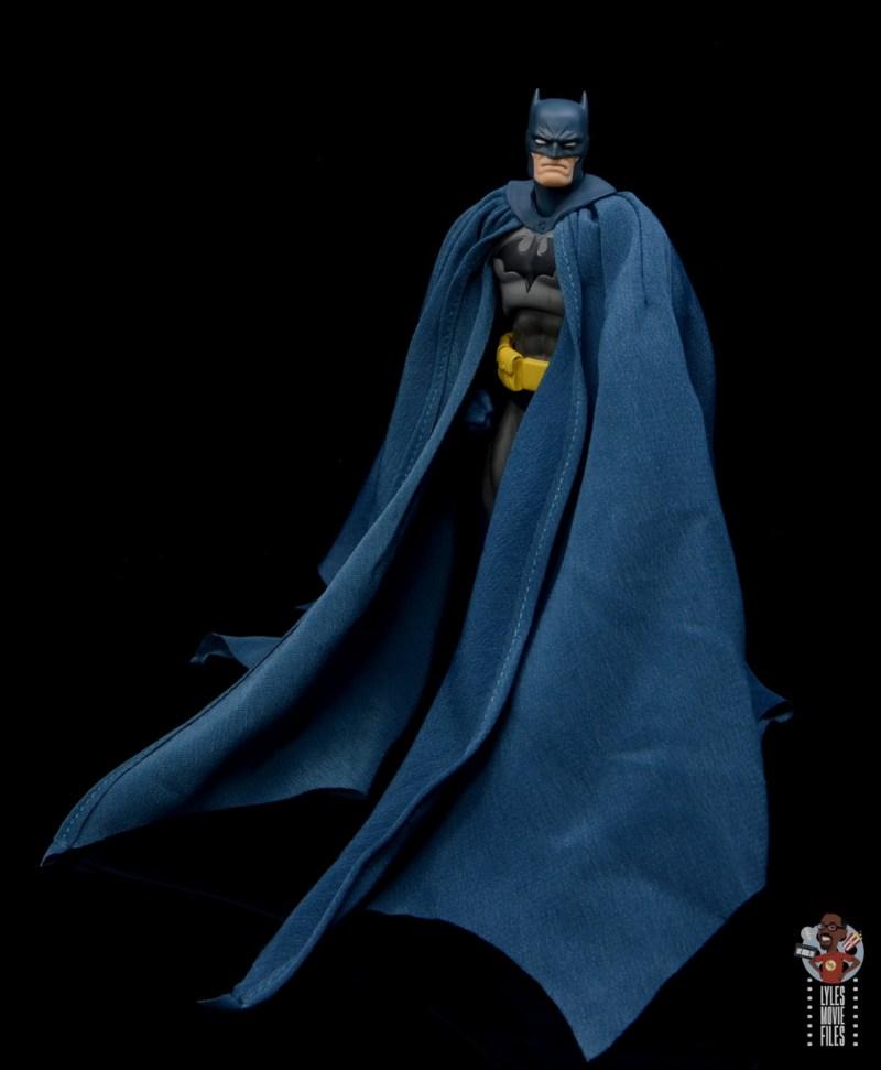 mafex hush batman figure review - cape drape