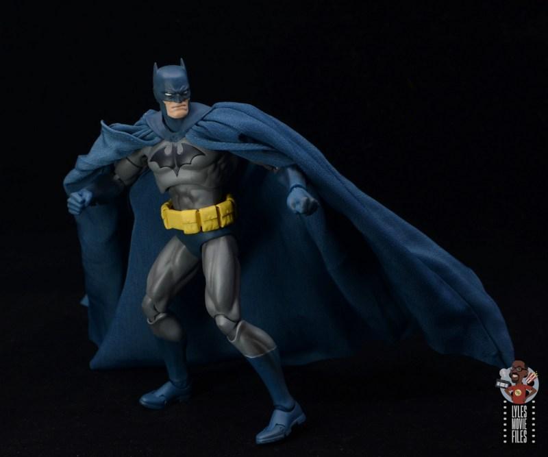 mafex hush batman figure review - pivoting