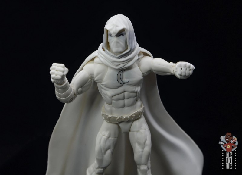 marvel legends moon knight figure review - slots in fists