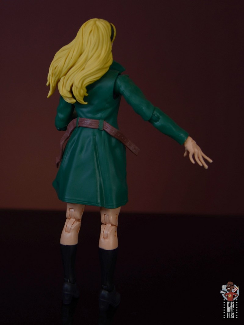 marvel legends retro gwen stacy figure review - jacket and belt close up