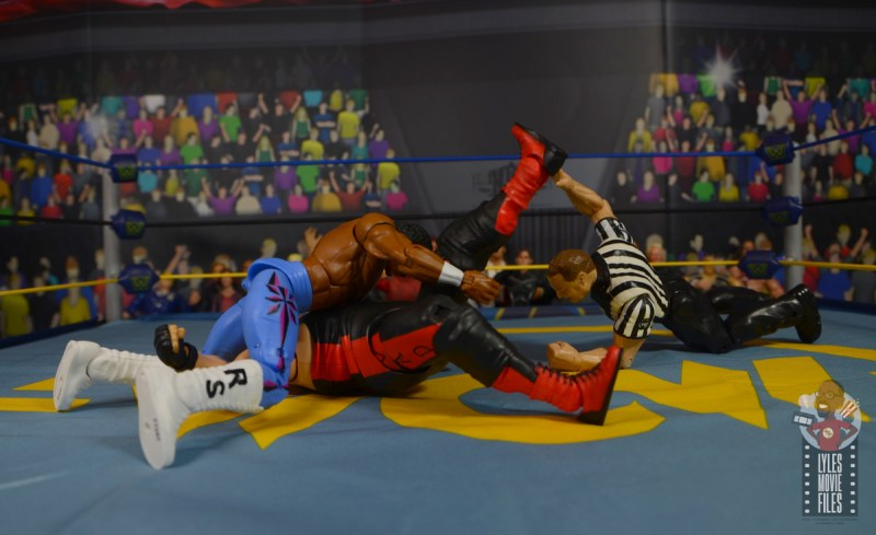 wwe elite hall of champions ron simmons figure review -pinning vader