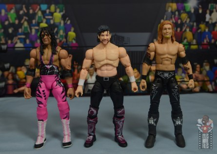 aew unrivaled kenny omega figure review - scale with ultimate elite bret hart and elite edge