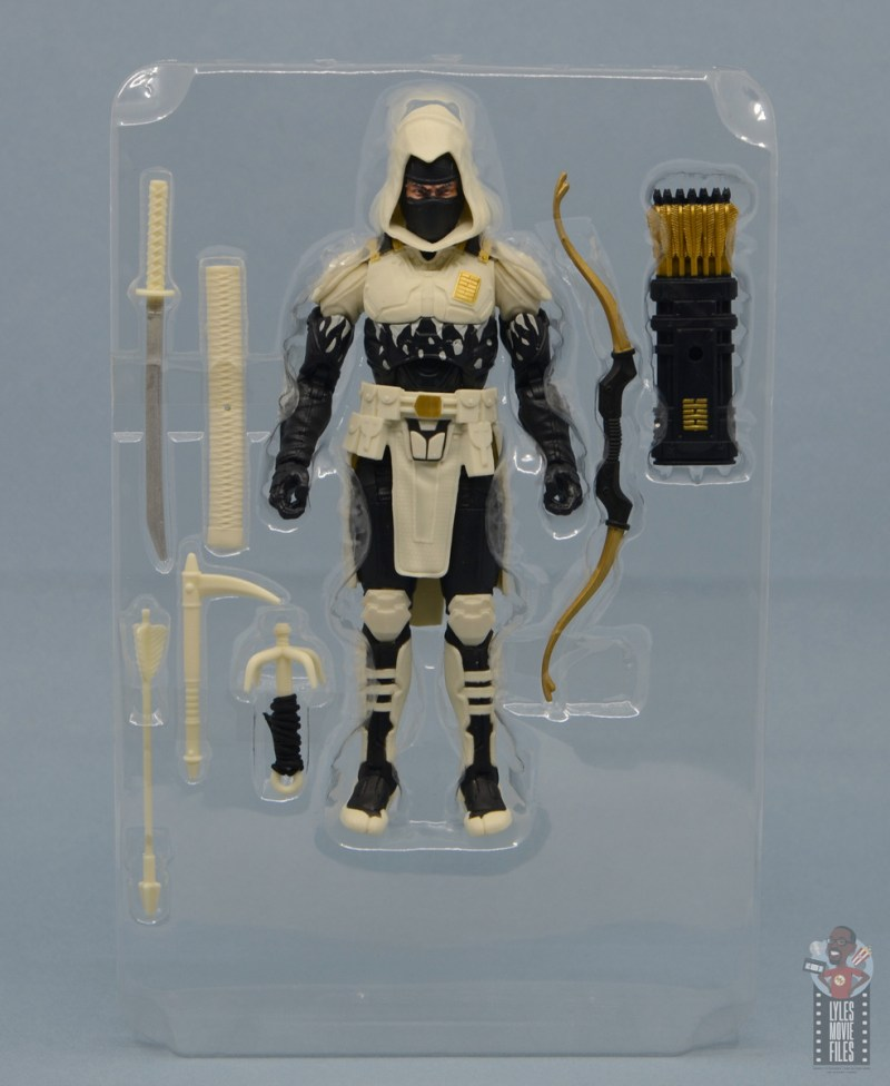 g.i. joe classified series arctic storm shadow figure review - accessories in tray