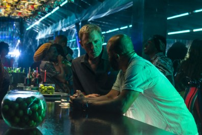 no-time-to-die-pictures-daniel-craig-and-jeffrey-wright