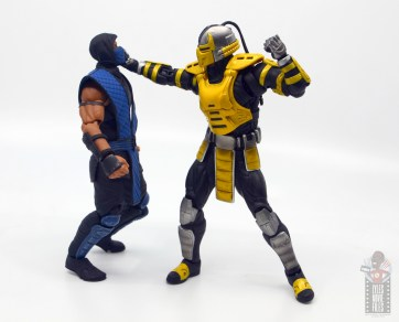 storm collectibles mortal kombat cyrax figure review - choking sub-zero