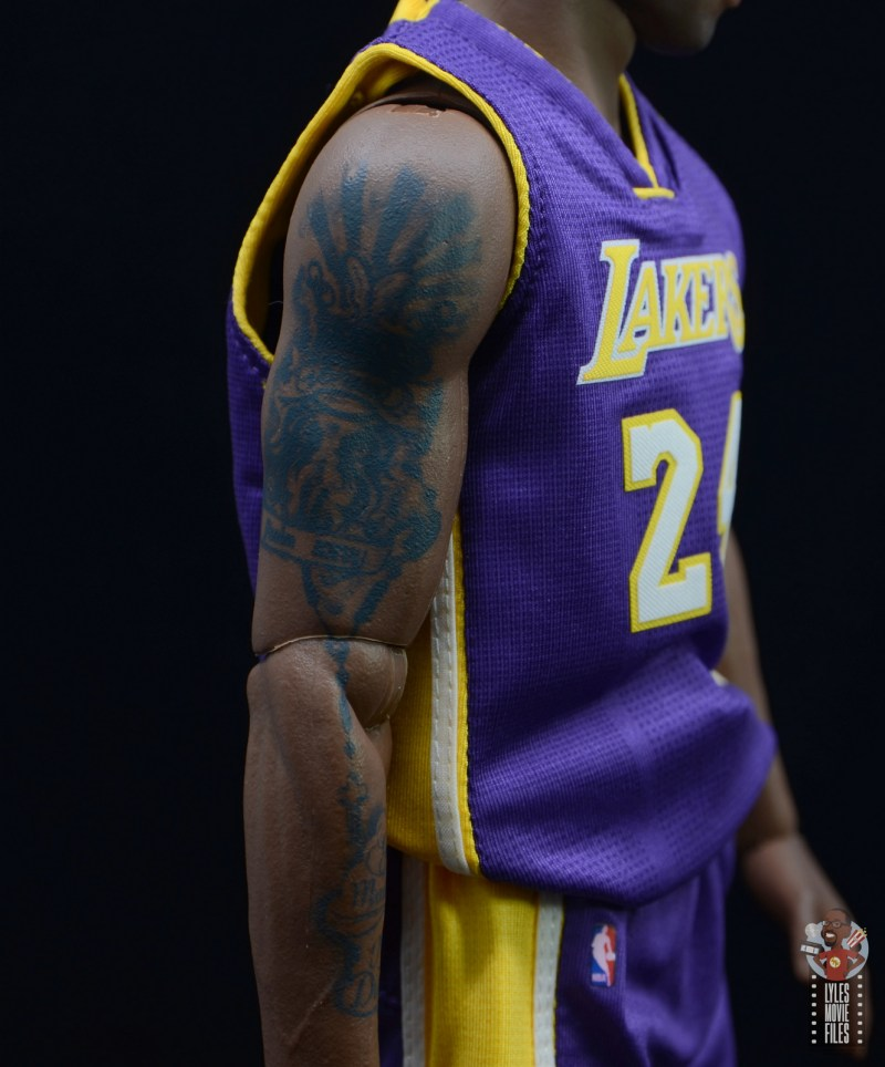 enterbay nba masterpiece kobe bryant figure review - older kobe tattoo detail