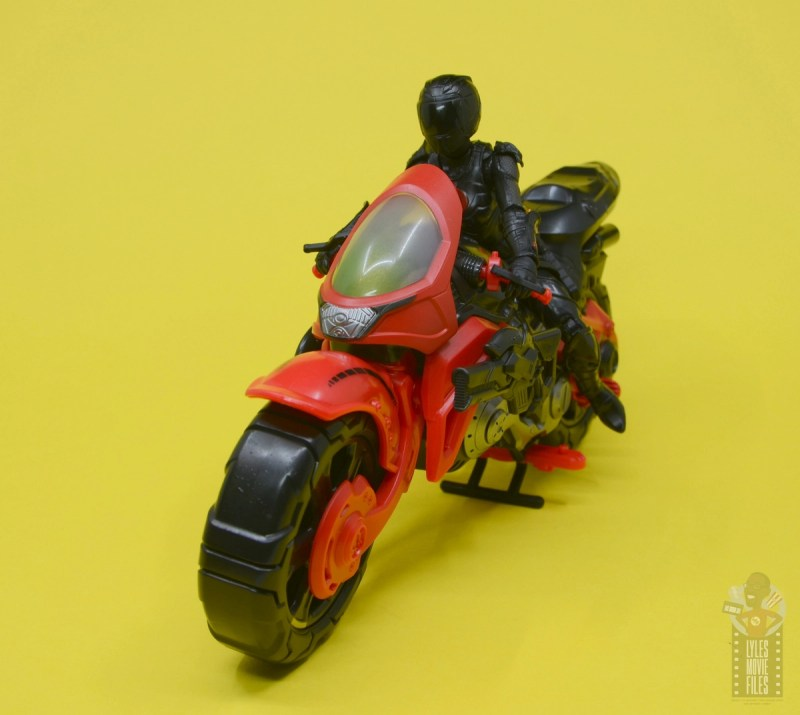 g.i. joe classified series baroness and cobra coil figure review -baroness on coil front
