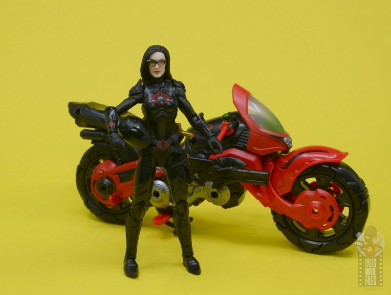 g.i. joe classified series baroness and cobra coil figure review -baroness walking away from coil