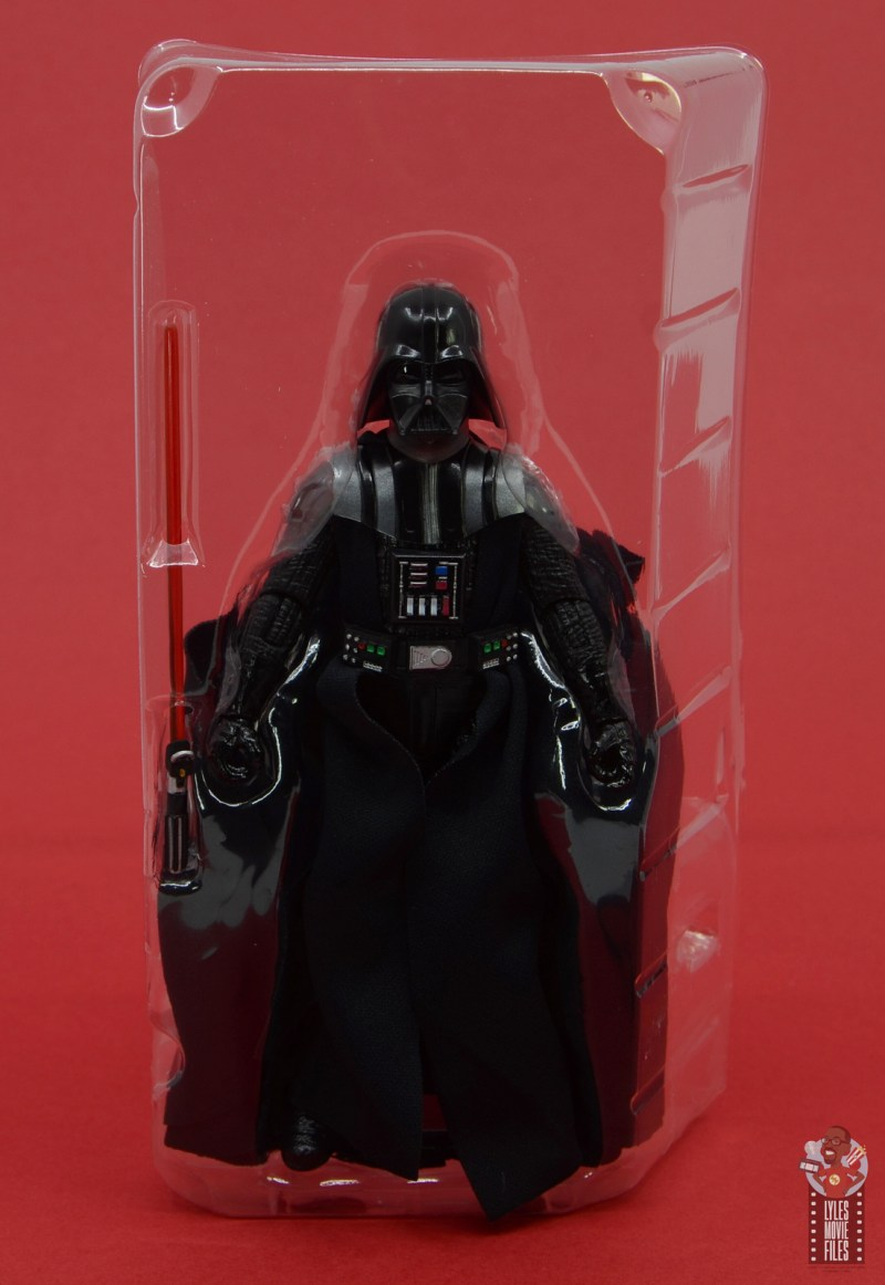 star wars the black series darth vader figure review -accessories in tray