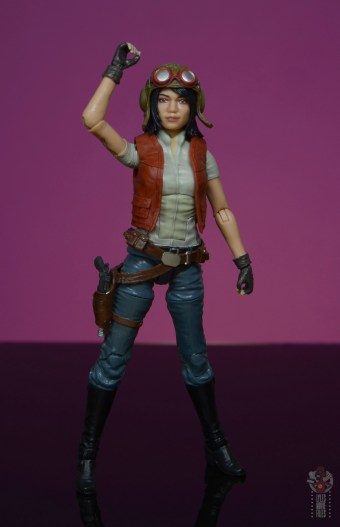 star wars the black series doctor aphra figure review -raising arm up