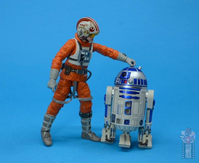 star wars the black series snowspeeder luke skywalker figure review -hanging with r2-d2