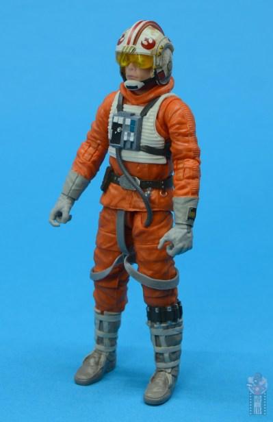 star wars the black series snowspeeder luke skywalker figure review -left side