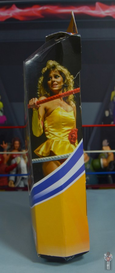 wwe elite series 77 miss elizabeth figure review - package right side