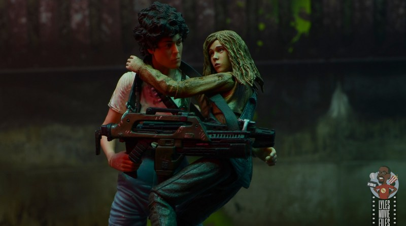 neca aliens newt figure review - main pic
