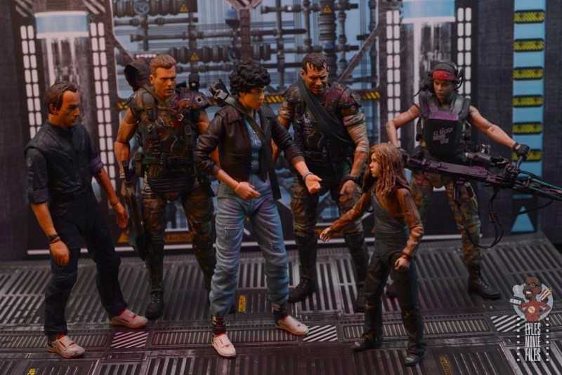 neca aliens newt figure review - with bishop, ripley, hicks, hudson and vasquez