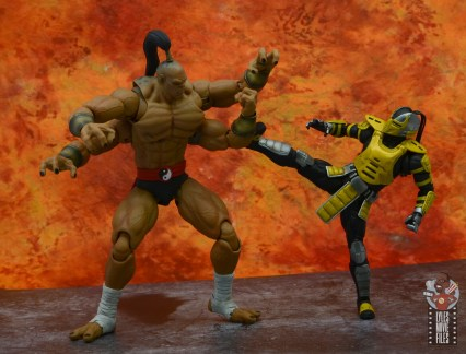 storm collectibles mortal kombat goro figure review - blocking cyrax