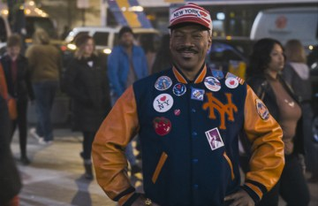 coming-to-america-2-akeem-in-tourist-gear
