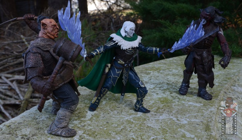 dungeons and dragons drizzt and guenhwyvar figure review -battling orcs