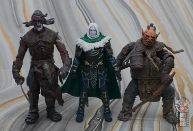 dungeons and dragons drizzt and guenhwyvar figure review - scale with toy biz lotr orcs