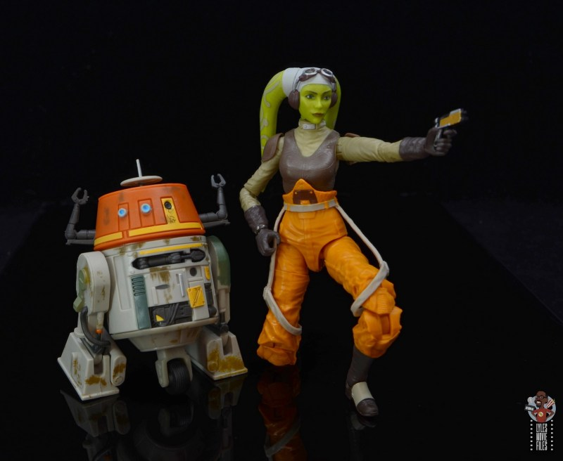 star wars the black series hera syndulla figure review - aiming with chopper