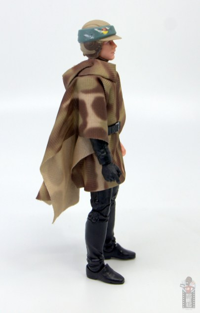 star wars the black series luke skywalker endor figure review - right side