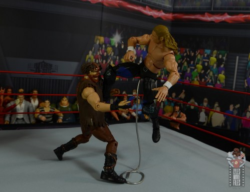 wwe triple h and chyna figure set review - triple h flying knee to mankind