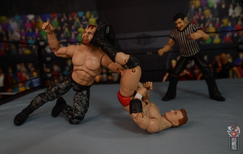 aew unrivaled mjf figure review -triangle to jon moxley