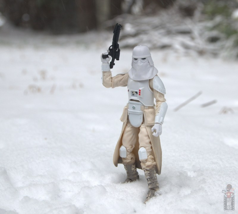 star-wars-the-black-series-imperial-snowtrooper-figure-review-ready-for-battle