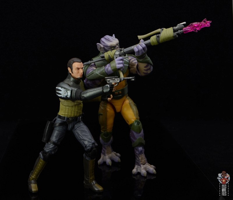 star wars the black series zeb orrelios figure review - firing blaster with kanan