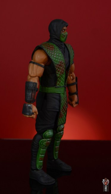 storm collectibles mortal kombat reptile figure review - right side