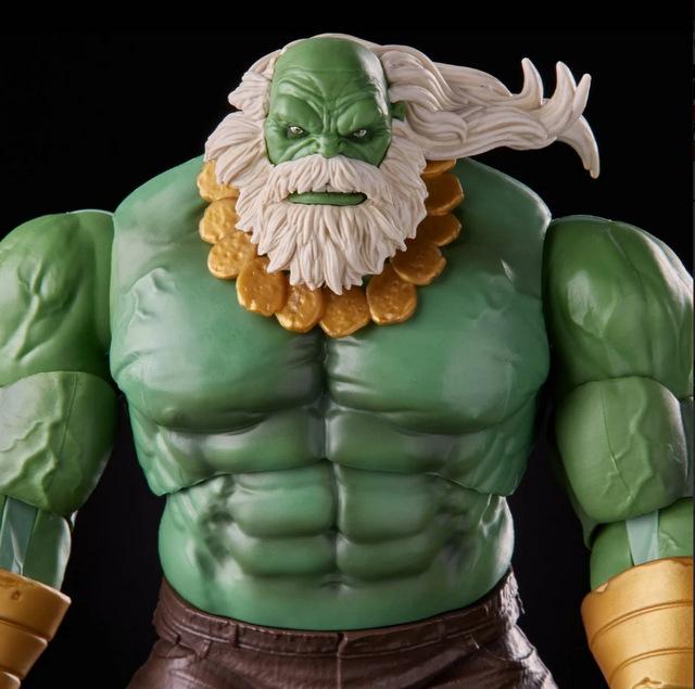 Marvel Legends Maestro Hulk - close up